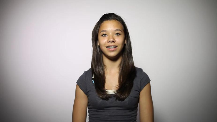 Emma, a student training participants folllow